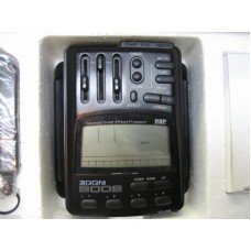 ZOOM 9002 EffectsProcessor With New Battery (A-Stock w/Box)